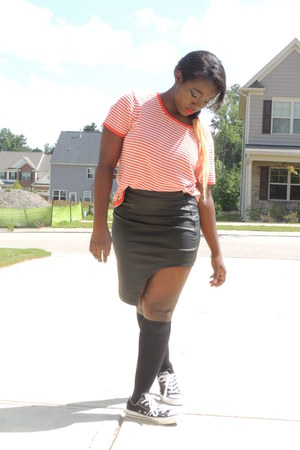 black leather Forever 21 skirt - red striped thrifted shirt