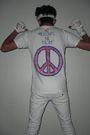 White-hanes-t-shirt