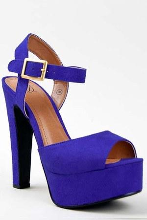 blue Delicious sandals