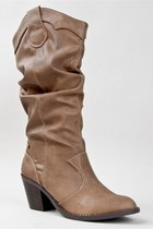 Light-brown-soda-boots