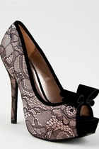 Neutral-pumps-bow-qupid-pumps