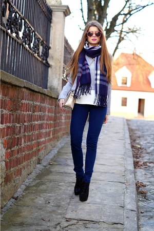 blue Sheinside scarf