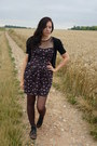 Black-floral-atmosphere-dress-black-sweater-puce-tights-black-sandals