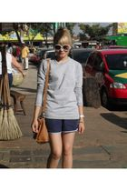 silver Americanas blouse - blue Americanas shorts - brown Brs purse