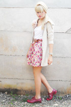 ruby red Melissa Joy shoes - white Laysa Rosa top - brown vintage belt - pink La