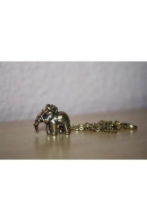 gold Accessorize accessories