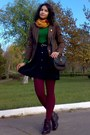 Brown-vero-moda-blazer-dark-green-thrifted-sweater-maroon-tights