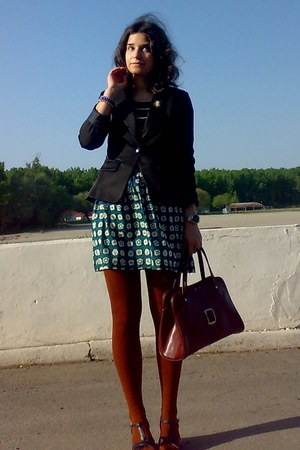 black wedges and blazer - burnt orange tights - crimson vintage purse