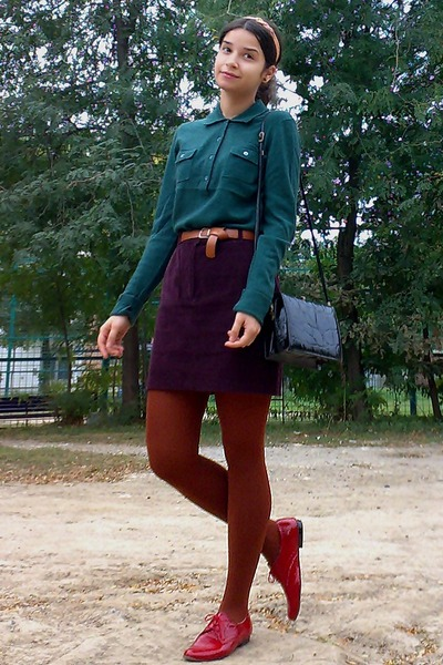 crimson velvet thrifted skirt - forest green thrifted sweater