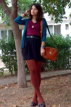 crimson thrifted H&M shirt - burnt orange tights - tawny thrifted purse