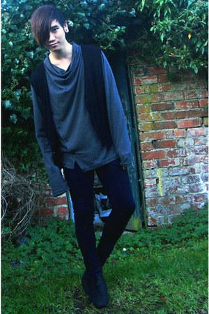 black NVAH vest - navy Cheap Monday jeans - charcoal gray Asos Black top