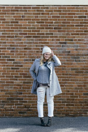 white American Eagle jeans - charcoal gray free people boots