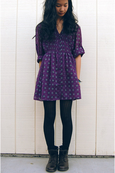 brown boots black tights purple blouses quot jet
