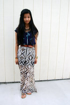 charcoal gray maxi skirt - navy top - tawny necklace