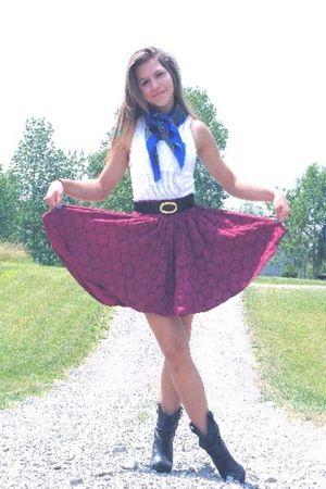 vintage belt - black boots - delias skirt - vintage scarf