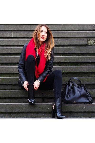 black leather Alexander Wang boots - black denim Zara jeans