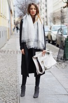 dark gray wool SANDRO coat - charcoal gray suede Pour La Victoire boots