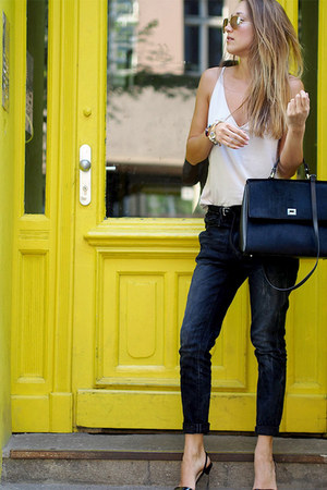 black Hugo Boss bag - dark gray G-Star jeans - black Jimmy Choo pumps