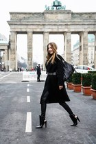 black leather Alexander Wang boots - black wool vintage coat