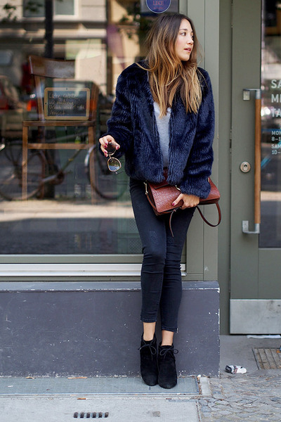 navy fake fur Esprit coat - black suede Minelli boots - black denim Zara jeans