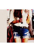 brick red bag - blue shorts - beige beige blouse blouse