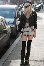 Zara shirt - Ebay shoes - H&M hat - H&M jacket - H&M stockings