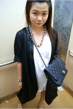 black bkk cardigan - beige fav heels