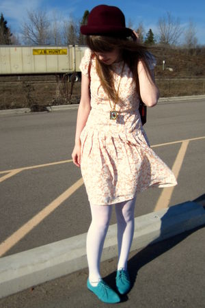 pink vintage dress - blue Urban Outfitters shoes - brown thrifted purse - red th