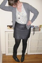 American Apparel sweater - Urban Outfitters shirt - Forever 21 skirt - tights -
