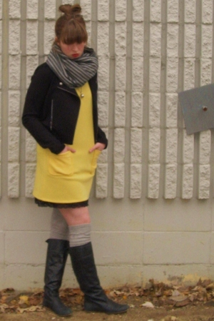 vintage dress - Forever 21 jacket - Target socks - Steve Madden boots - thrifted