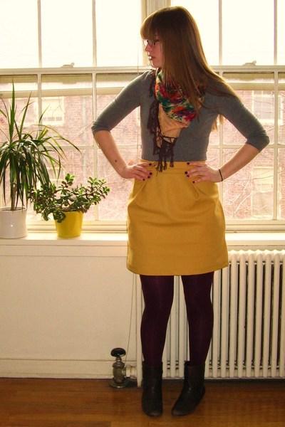 Calpurnia Peach tights - Forever 21 shirt - Amanda Christine skirt - Urban Outfi