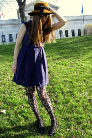 purple Tulle dress - black Target tights - black thrifted shoes - brown Finders