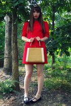 red courtesy of Tulle dress - white vintage purse - white H&M socks - black Urba