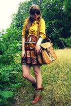 black modcloth dress - gold vintage blouse - brown Frye boots - brown vintage th