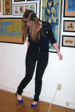 madewell jeans - Target shoes - H&M shirt - vintage vest - Target bow accessorie