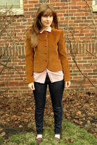 Blue-madewell-jeans-brown-thrifted-shoes-brown-vintage-blazer-white-vintag