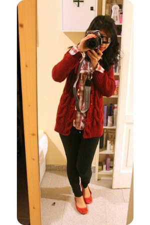 Zara cardigan - and flats Bershka leggings - Terranova blouse