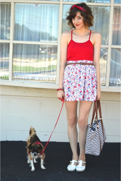 white skirt - blue bag - red crop tank top Forever 21 top - white vintage flats