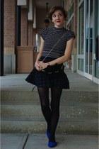 black skater skirt H&M skirt - black velvet critter modcloth bag