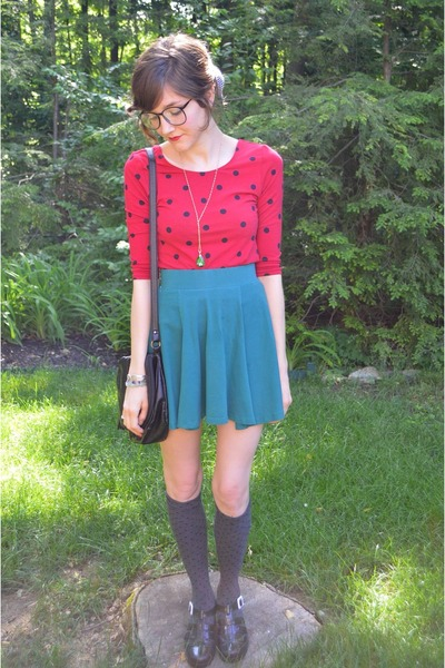 black Urban Outfitters sandals - red Forever 21 shirt