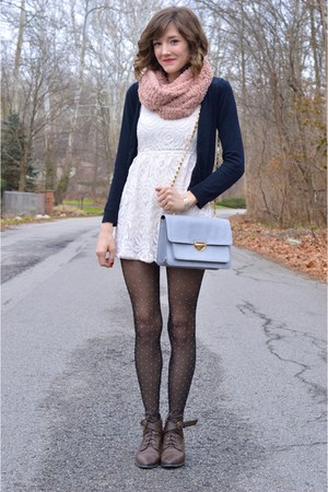 pink Forever 21 scarf - short lace H&M dress