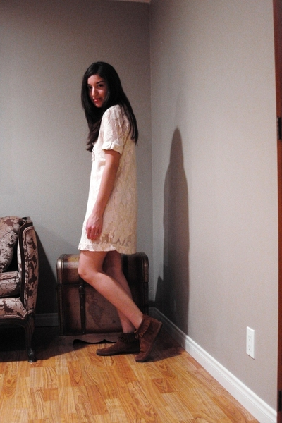 Billabong dress - Minnetonka shoes
