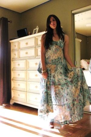 Kimchi&Blue dress - Tahari shoes