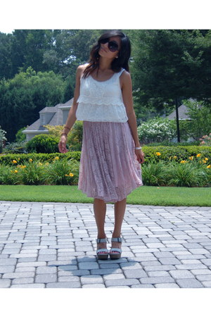 ivory lace H&M top - pink lace Francescas Boutique skirt
