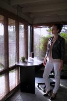 white jeans - gray H&M blazer - beige H&M shirt - gold Forever 21 necklace - bla