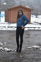 teal pull&bear shirt - black Zara boots - black Stradivarius pants