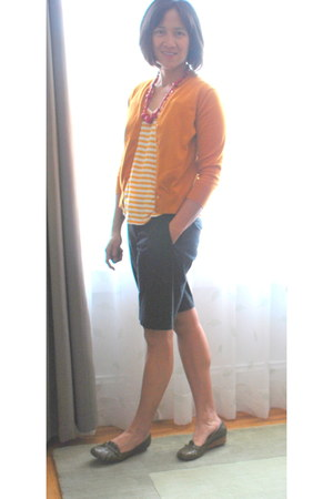 black shorts - mustard striped top - burnt orange cardigan - hot pink necklace