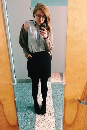 black suede sam edelman shoes - chambray madewell shirt