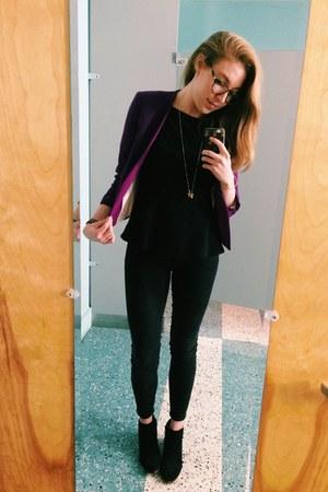 black ankle madewell jeans - black suede sam edelman boots - purple H&M blazer