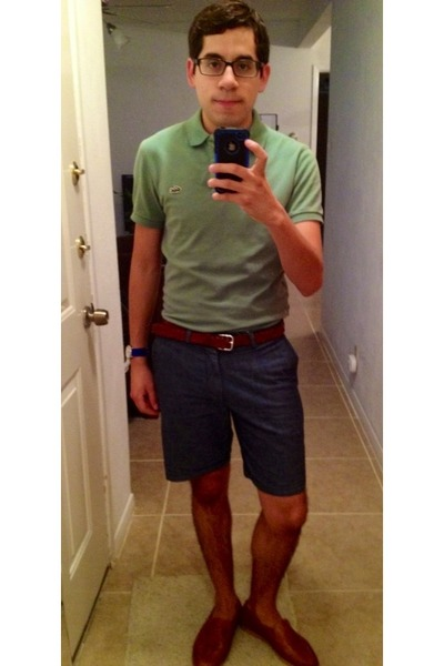 navy Chambray shorts - aquamarine Lacoste shirt - tawny H&M belt